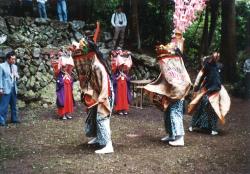 三匹獅子舞