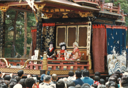 ④子ども歌舞伎の上演風景