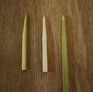 画像1:修復用に製作した竹釘